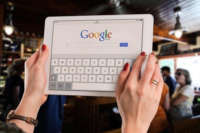 tablet vyhledávání